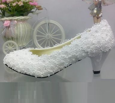 ФОТО 5cm heel white light ivory lace wedding shoes for woman TG317 5cm middle heel pearls bridal shoes ladies plus size  dance shoe
