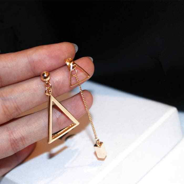 Korean Geometric Triangle Asymmetric Earrings For Women Simple Metallic Gold-color Drop Dangle Earrings Brincos Bijoux Gift