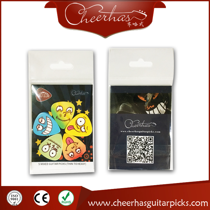 5pcs mixed thickness smiling face and animal skin guitar pick plectrum with double sides printing
