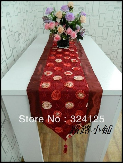 Free shipping 180 x 33cm 3D red rose paillette table runner fashion brief placemat bed flag dining table runner fashion luxury