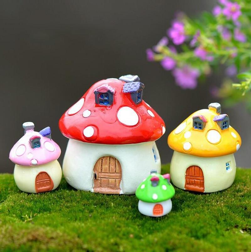 Mushroom House Miniature Figurine Fairy Garden Decoration Figure Home Cake Ornaments Building Statue Resin Craft Toy TNB110