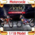 KTM 1/18 Motocicleta Modelo Coleção de Brinquedos Do Carro do Presente Do Ano novo Decoração Die-cast Mini Escala do Modelo Do Motor Moto Meninos presente