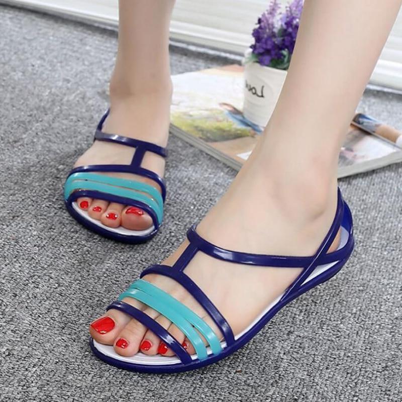 Summer Comfortable Flat  Heel Plastic  Woman Rainbow Jelly Sandals  Beach shoes