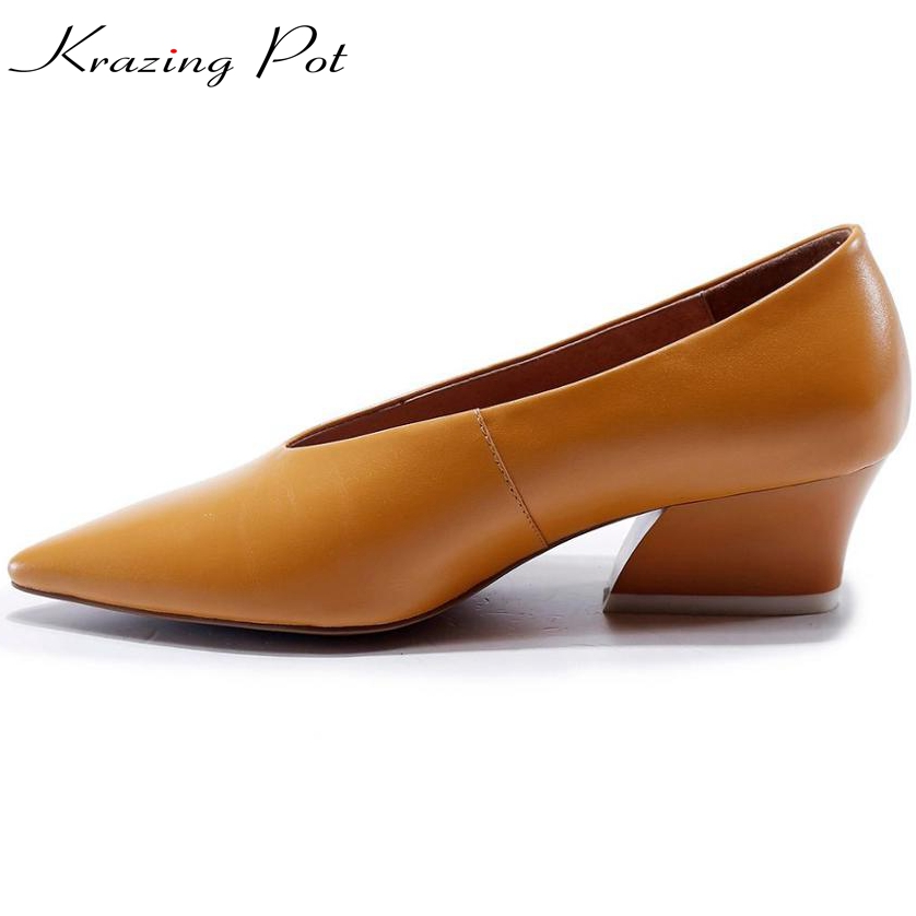 Superstar pointed toe genuine leather fashion brand shoes slip on high heels shallow women pumps runway solid office lady L22 fashion brand slip on shallow round toe crystal bowtie med diamond thick heels women pumps sweet office lady runway shoes l15
