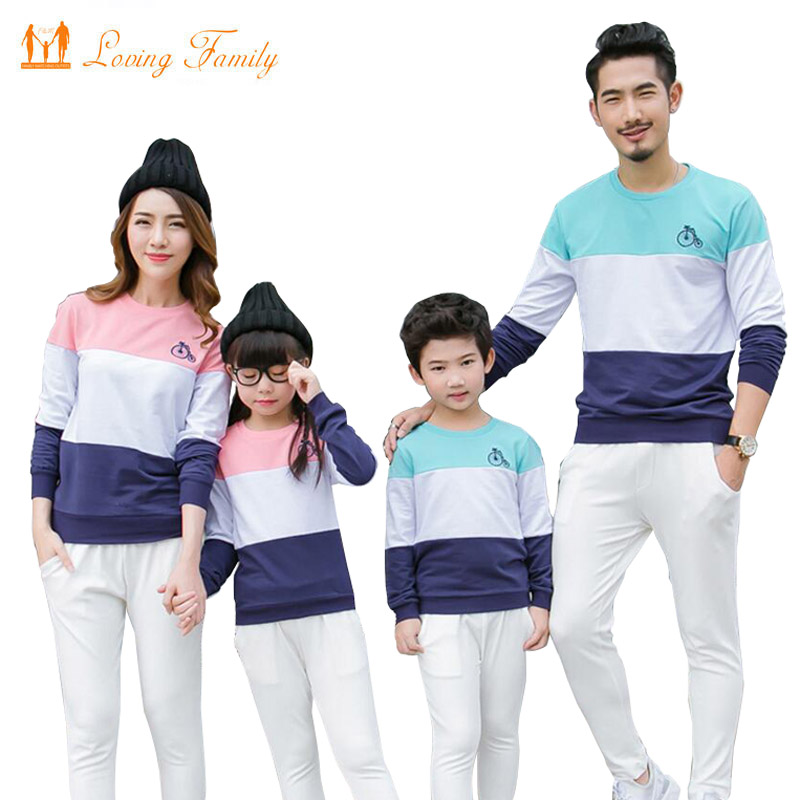 Family Matching Outfits Stripe Cotton T shirts 2018 Spring Autumn Family  Look Mother Daughter Father Boy Family Clothing sets ae3ec82a567fd