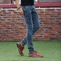 Nuevo Invierno de la Marca Otoño/Invierno Hombre Jeans Lápiz Pantalones de Algodón Famosa Marca Zipper Fly Delgado Classic Solid Encuadre de cuerpo entero wlyj5219