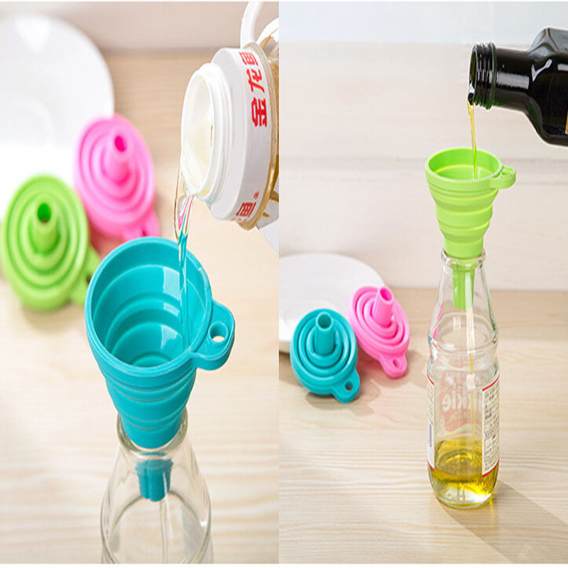 1 pc  Silicone Gel Practical Collapsible Foldable Funnel Hopper Kitchen Tool home garden random colors new