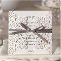 50 unids/lote card Invitaciones de boda Fuentes Del Partido Ahueca Hacia fuera Las Flores Del Cordón Flora con arco