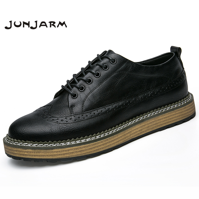 JUNJARM 2018 Handmade Men Casual Shoes British Style Men Brogue Shoes Breathable Solid Lace-Up Men Flats Shoes tangnest men pu leather shoes 2017 british style men lace up casual shoes solid platform flats for male comfort shoes xmr2422