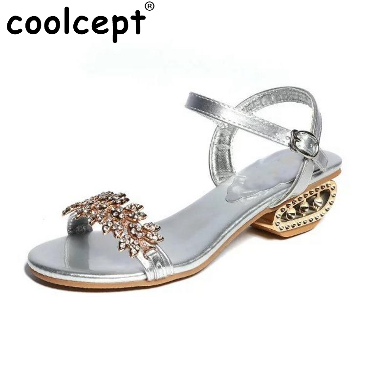 Ladies Flats Sandals Women Shinestone Flat Sandal Ankle Strap Summer Shoes Students  Beach Vacation Leisure Footwears Size 35-39 women flat sandals fashion ladies pointed toe flats shoes womens high quality ankle strap shoes leisure shoes size 34 43 pa00290