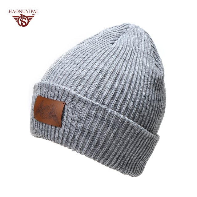 High Quality Winter Knit Hats With Leather LOGO Fashion Solid Color Striped  Skullies Beanies For Women Men Custom Patch Hat 181f06898bd