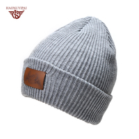 High Quality Winter Knit Hats With Leather LOGO Fashion Solid Color Striped Skullies Beanies For Women