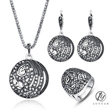 Classic Antique Silver Color Jewelry Fashion Vintage Women Sets Jewelry Trendy Crystal Metallic Hollow Out Round Jewelry Set 20%