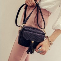 Simple Alligator Crocodile Leather Mini Small Women Fringed Crossbody Bag Tassel Messenger Shoulder Bag Purse Lady