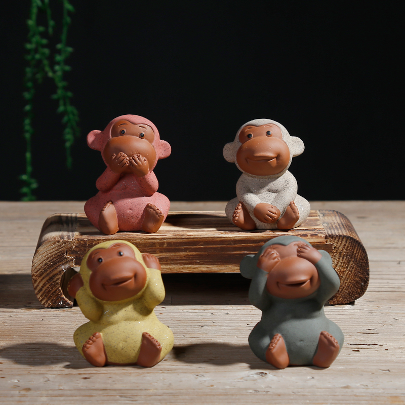 1 Pieces New Moonvvin Cute Monkey Small Ornaments Pottery Sand Monk Tea Pet Purple Home Desk Car Decoration Accessories T10