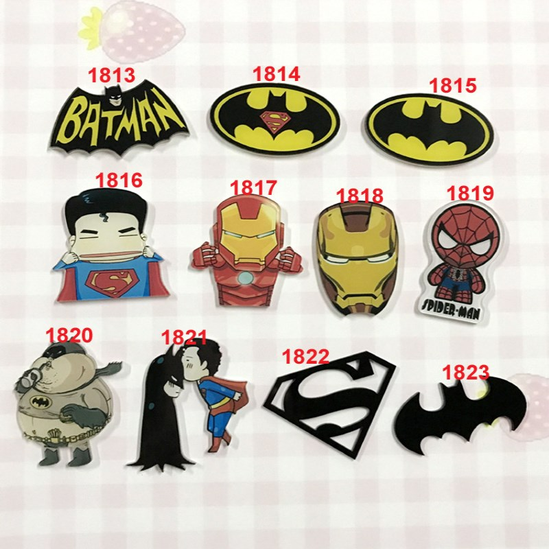 1PCS Cartoon Batman Super Man Icons On The Pin Badge On The Backpack Acrylic Badges Rozet Collar Scarf Lapel Pins Accessories