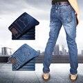 Mens Moda Primavera Corpo Inteiro Sólidos Skinny Jeans Men Roupas de Marca Designer de Denim Calças De Luxo Casuais Além de Calças Tamanho