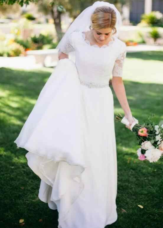 2019 Spring A Line Modest Wedding Dresses 2019 With Short Sleeve