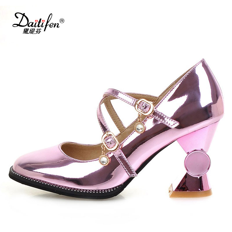 Daitifen Spring new sexy party shoes woman mary janes Squar toe buckle strap high heels platform pumps shoes plus size 32-44 xiaying smile woman pumps shoes women mary janes british style fashion new elegant spring square heels buckle strap rubber shoe
