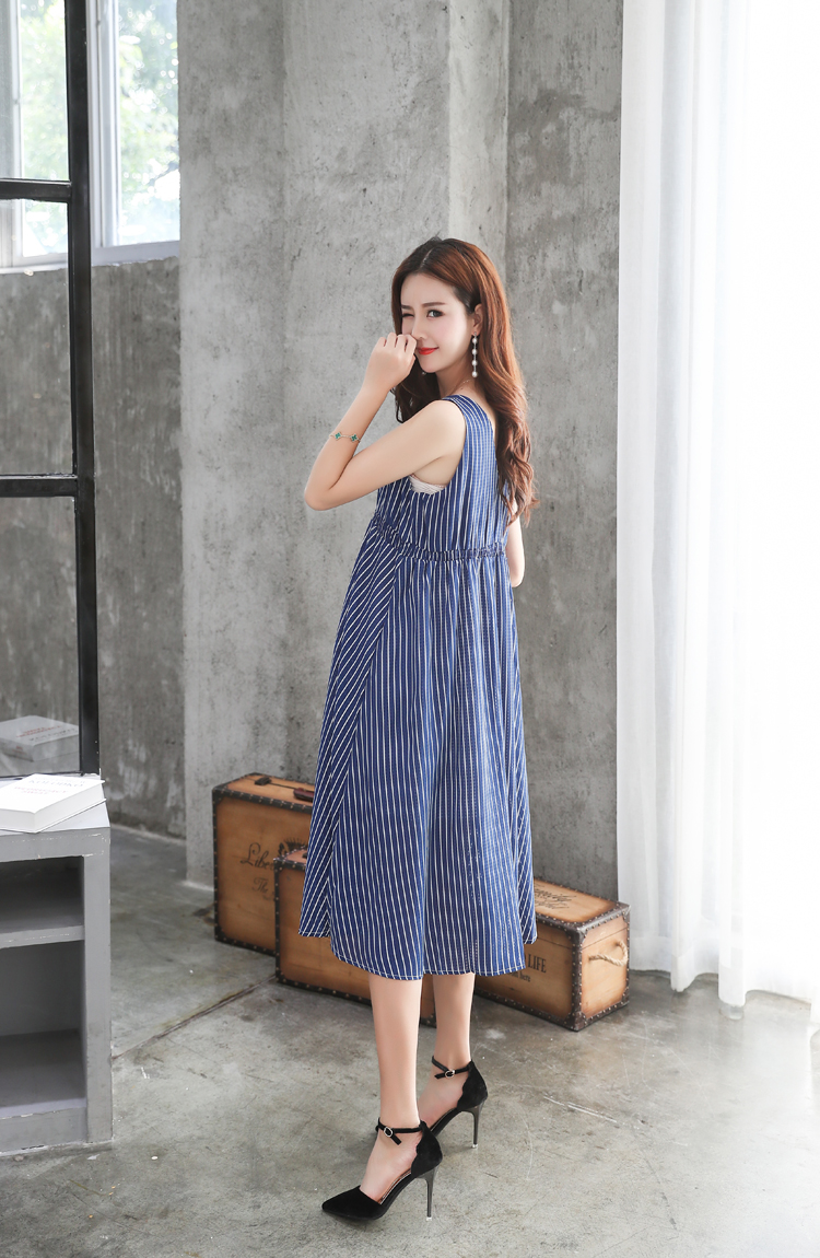 f9a565c101f 2018 Summer Women Maternity Dresses for Pregnant Women Loose Clothing  Maternity Fashion Stripe Home Mother Clothes Dress