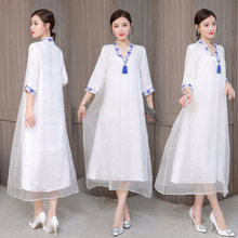 Женское платье в стиле ретро белое художественное большого размера