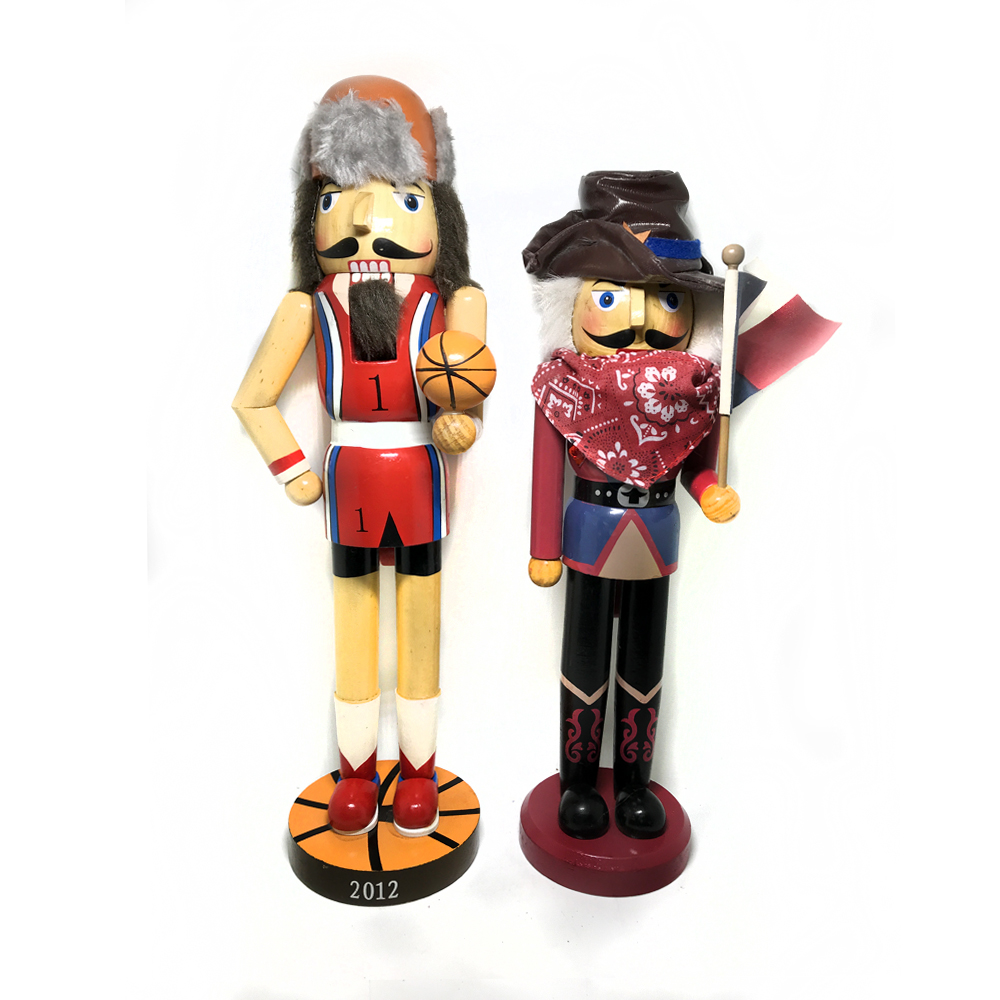 38cm football cowboy nutcracker, exquisite nutcracker puppet children Christmas toys gifts and toys, mouth can be active puppets