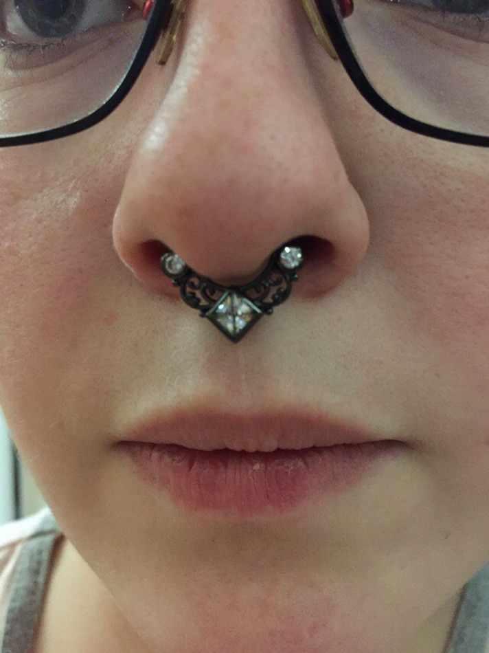 G23titan טיטניום גוף פירסינג תכשיטי 16G G23 טיטניום מוט מחץ טבעת עם פירסינג מחט קריסטל מחץ קליפ האף Clicker
