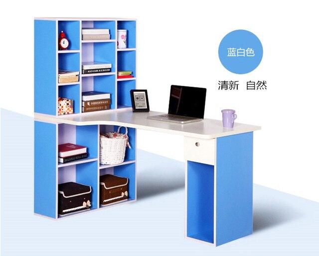 En bois sur mesure coin en forme de l bureau ordinateur de bureau