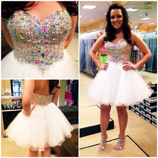 bae788a8ac1 Sparkly Mini Open Back Sweetheart White Women Prom Party Dress Short Ball  Gown Homecoming Dresses 2017 With Beaded Crystals