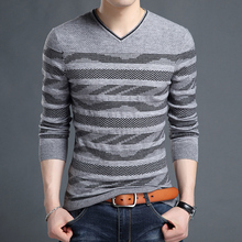 2016 winter sweater striped sweater V collar pull homme youth casual striped neck knit shirt heart-shaped pullover men