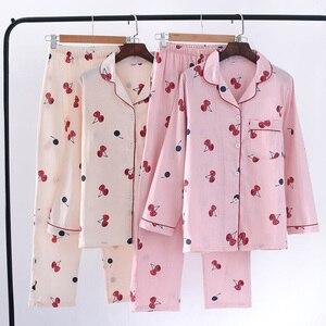 Image 2 - 2019 春の女性のかわいい桜のプリントパジャマ Mujer 100% ガーゼ綿の長袖パンツ薄型パジャマセット薄型ホームウェアパジャマ