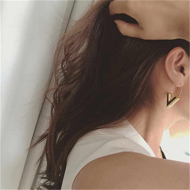 Miễn phí vận chuyển Bán Hot New Xu Hướng Thời Trang Bông Tai Brincos Oorbellen Đơn Giản Kim Loại Gió Letter V Shape Stud Earrings Phụ Nữ Quà Tặng
