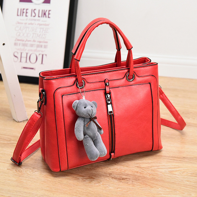 ФОТО New  Fashion Luxury Style PU Leather Women Shoulder Bag New Brand Designer Handbags Cute Gray Toy Bear Decorated Crossbody Bag