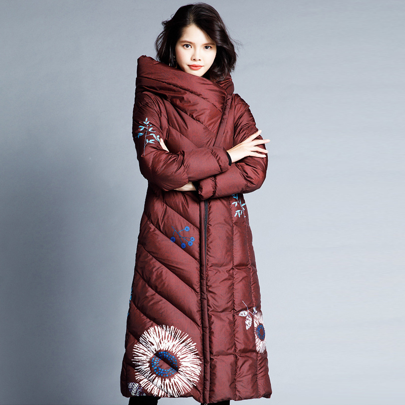 YNZZU High Quality 2018 Winter Jacket Women Elegant Print Long Style 90% White Duck Down Coat Hooded Thicken Warm Outwears O743