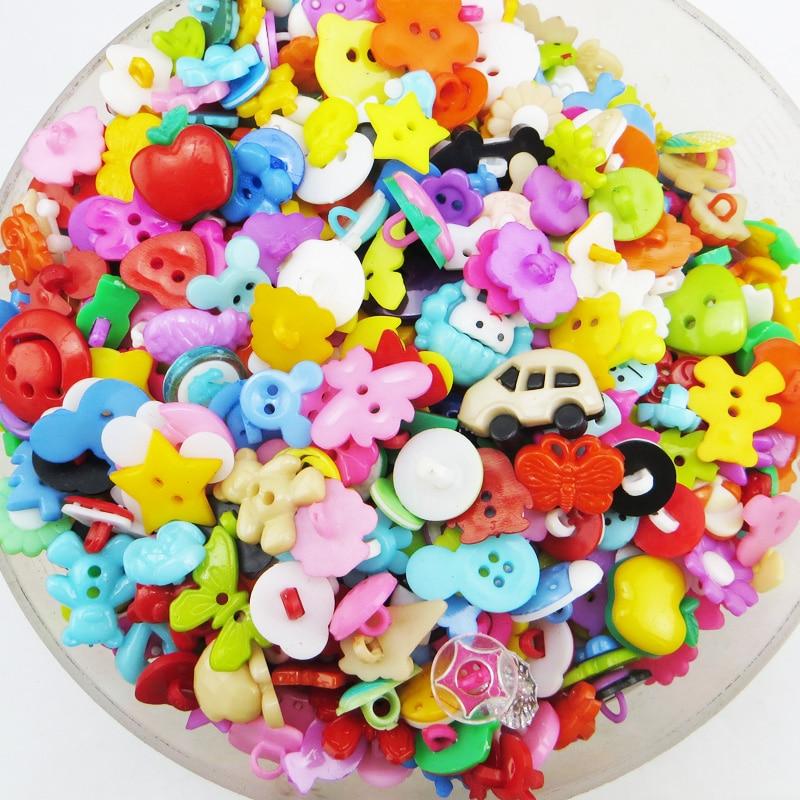 HTB1FH7zXOHrK1Rjy0Flq6AsaFXaS Promotion 100PCS Mix Shape Lots Colors DIY Scrapbooking Cartoon Buttons Plastic Buttons Children's Garment Sewing Notions P-001