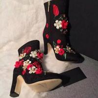 Очень Популярные осенние женские ботильоны с острым носком и вышитыми цветами; Разноцветные Женские ботинки на массивном каблуке с апплика