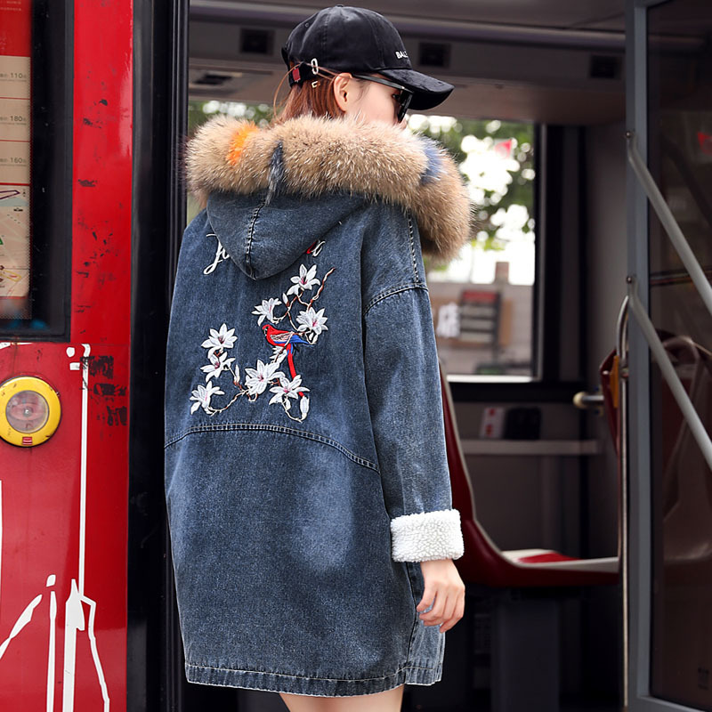 Real Raccoon Fur Collar Embroidery Denim Jacket Hooded   Parka   2019 Thicken Warm Long Outerwear Winter Jacket Women Denim Coat