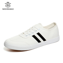 Spring New Men's Vulcanize Shoes Top Fashion Sneakers Lace-up Outdoor Off White Black Colors Man Flats Shoes Casual Shoes Men