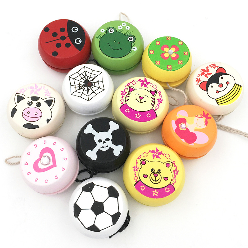 Cute Animal Prints Wooden Yoyo Ball Ladybug Skull Clover Spider Web Yo-Yo Creative Yo Yo Toys For Children Kids Sport Hobbies