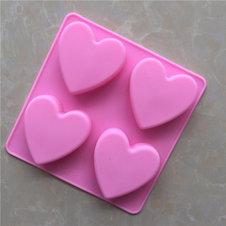 2e0be13286ce0 4 حتى القلب على شكل صابون يدوي الصنع قالب قالب من السيليكون الحب شكل كعكة  تزيين أدوات