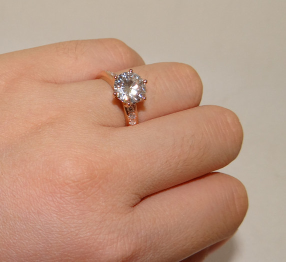 Solid 9k Rose Gold 2 Carat Round Cut Ascd Simulated Diamond Ring