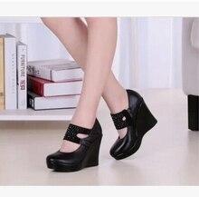 ผู้หญิงหนังแท้รองเท้าส้นสูงเวดจ์ปั๊มหญิงrhinestone OLสะดวกสบายสีดำรองเท้าทำงานsy-779