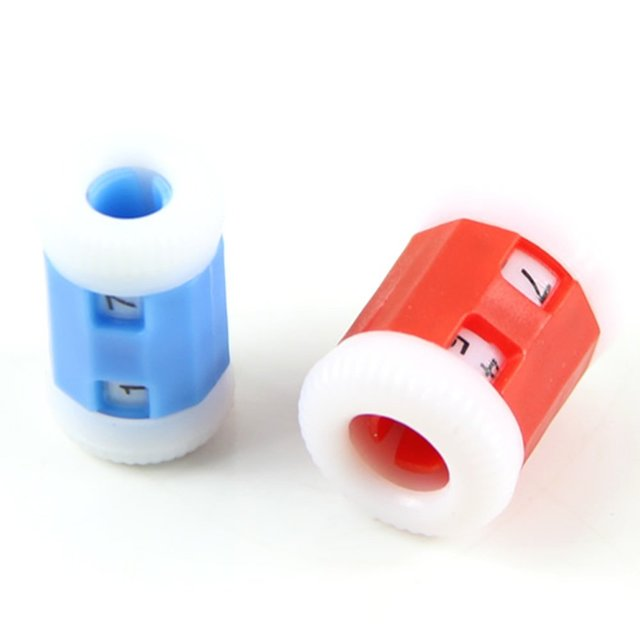 2 большой красный + 2 маленький синий пластик вязать Спицы счетчик рядов (большой 2,2*1,5 см + Малый 2,2*1,2 см)