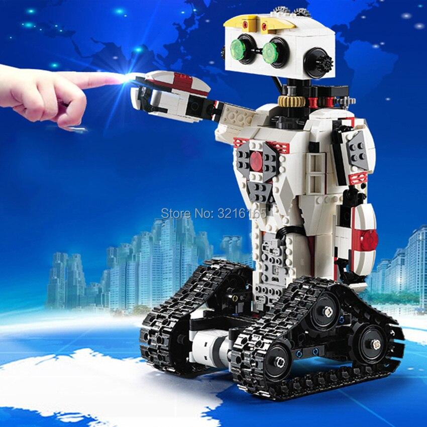710 pz RC Robot 2-in-1 di Trasformare Scorpione Building Blocks batteria di Litio Del Motore sparare Proiettile Si Applicano a legoes Mattoni Regalo per il capretto
