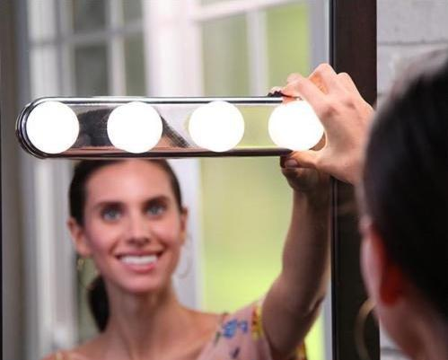 4 LED Bulbs Make Up Mirror Light Super Bright Cosmetic Mirror Light Kit Battery Powered Makeup Mirror LED Light