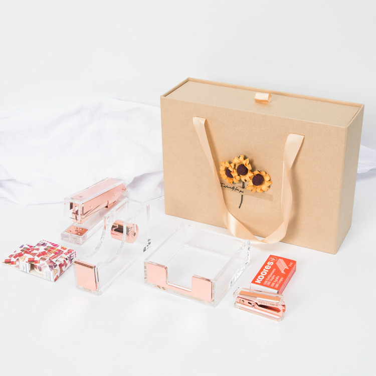 Rose Gold Stapler Heavy Duty Desktop Stapler Transparent Adhesive Tape Dispenser Cutter Staples Memo Pad Box Stationery SetRose Gold Stapler Heavy Duty Desktop Stapler Transparent Adhesive Tape Dispenser Cutter Staples Memo Pad Box Stationery Set