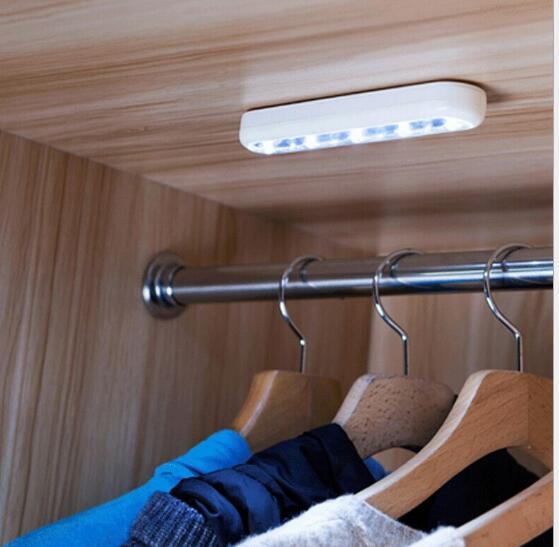 Mini Draadloze Muur Light Kast Lamp 5 LED Nachtlampje Batterij Home ...