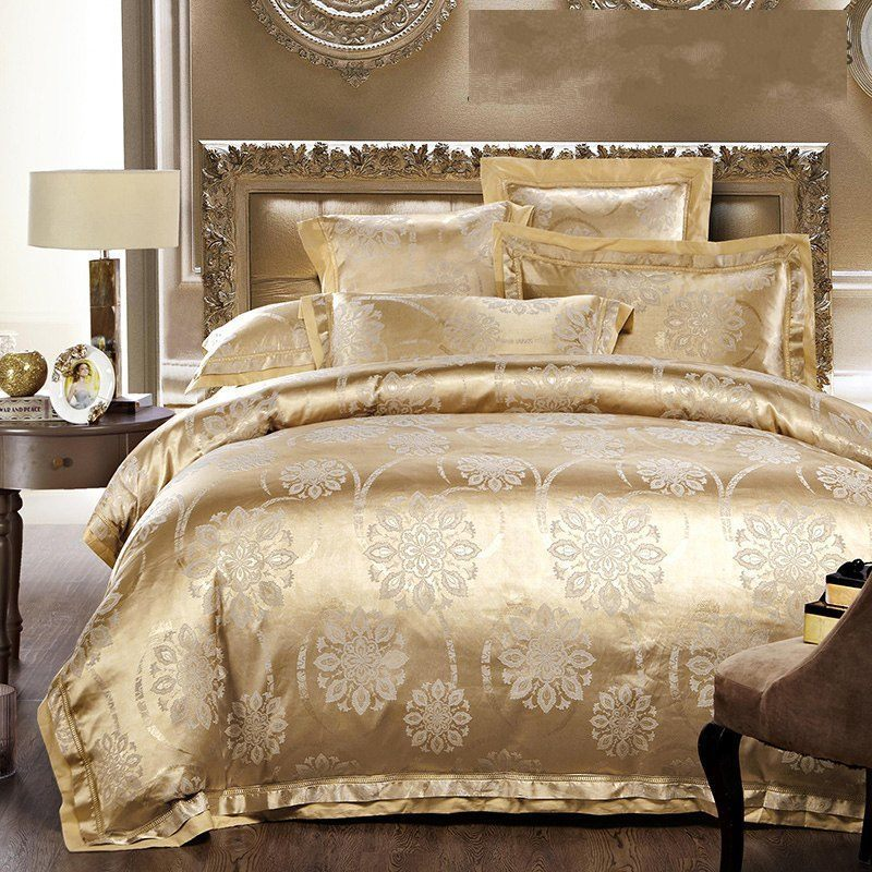 4 6pcs jacquard silk bedding sets adult bed linen western style satin gold white beige duvet. Black Bedroom Furniture Sets. Home Design Ideas