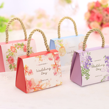 100pcs/lot DIY Portable Happy Wedding Day Candy Box Sweet Love Portable Candy Box Small/Big Size Flower Candy Box