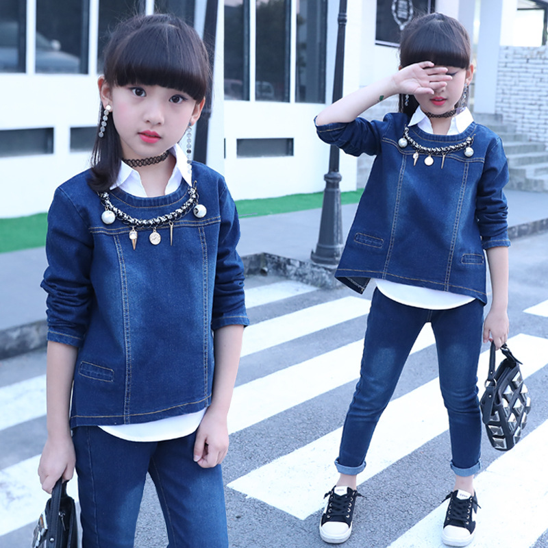 2018 fashion spring and autumn baby girl clothes denim sets girl shirt+denim coat +jean trousers there-piece body suit girls set 2014 spring autumn new fashion girls sports suits zipper coat trousers flowers print big girl clothes sets children sportswear
